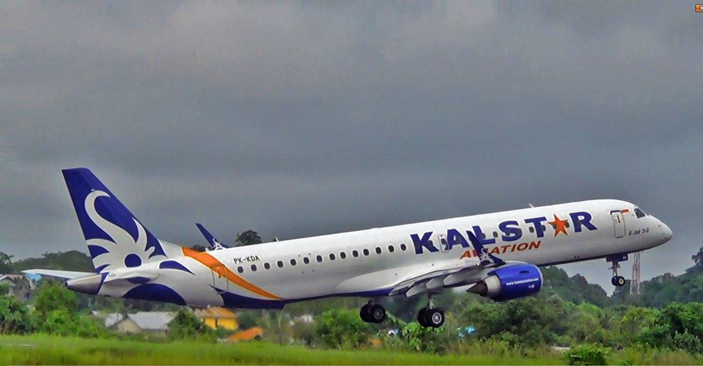KalStar Aviation avión
